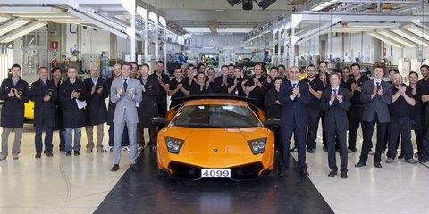 Lamborghini Murcielago rolls out for the last time