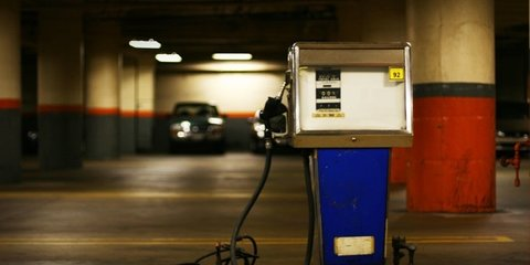 Climate Change and Carbon Tax: Politicians Fail Car Test