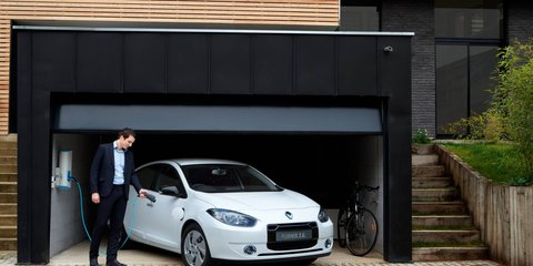 2012 Renault Fluence Z.E. battery-swapping electric car coming to Australia