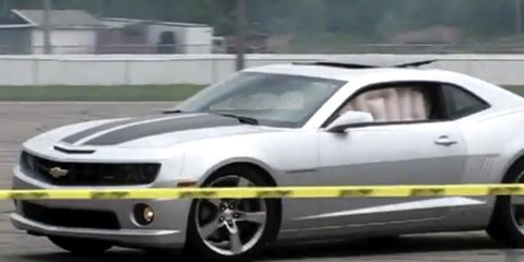 Video: 2010 Chevrolet Camaro curtain airbags deploy during donuts