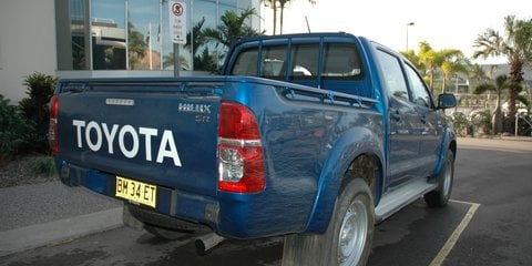 2013 Toyota HiLux Review