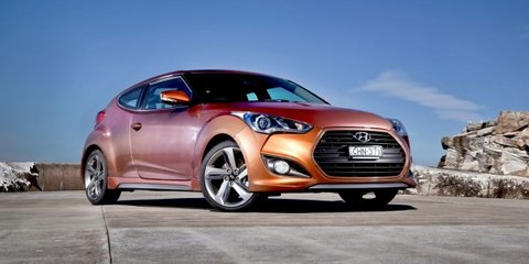 "Hyundai Veloster SR Turbo offers special paint with ""hand-wash only"" warning"