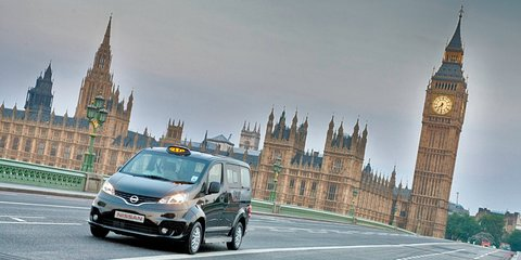 Nissan NV200 crashing the London black cab scene