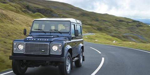 Land Rover Defender replacement remains on the backburner