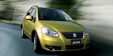 Suzuki SX4 Crossover: new name, new features, hatch only for 2013