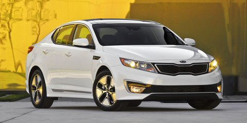 Kia Optima Hybrid unveiled with new powertrain