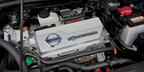 Nissan Leaf, Holden Volt: war of words over local EVs