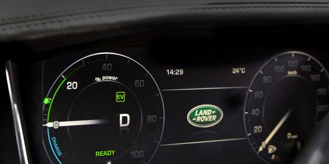 Range Rover Hybrid: 6.7sec 0-100km/h, 6.4L/100km