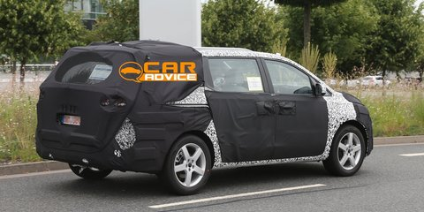 Kia Grand Carnival: first look at third-gen people-mover