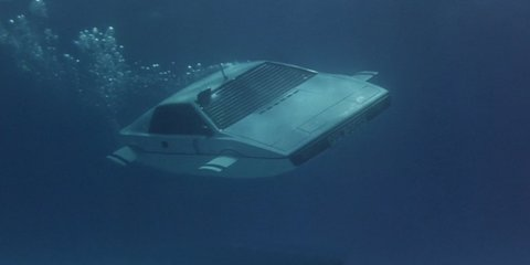 James Bond submarine Lotus Esprit sold for more than $930,000