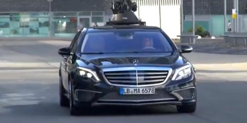 Mercedes-Benz S65 AMG: performance limousine caught filming