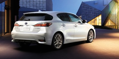 Lexus CT200h: facelifted hybrid hatchback unveiled in China