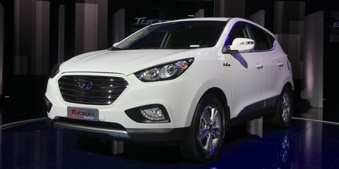 Hyundai ix35 Fuel Cell launching in 2014 with free hydrogen fuel