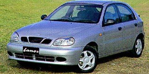 1999 DAEWOO LANOS SE Review