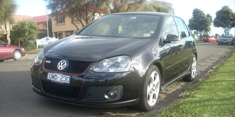 2007 VOLKSWAGEN GOLF Review
