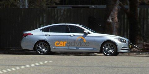Hyundai Genesis : Luxury sedan spied in Australia