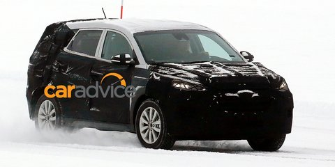 2015 Hyundai ix35: Intrado-influenced next-gen spied