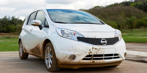 Nissan develops self-cleaning car