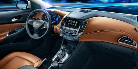Chevrolet Cruze cabin revealed
