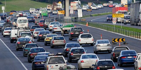 2014 Australian road toll falls to lowest level since 1945