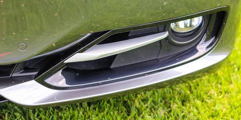 Mercedes-Benz C200 v BMW 320i : Comparison review