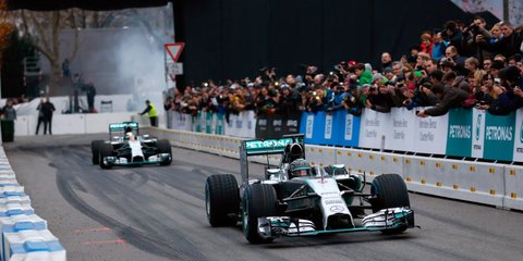 Mercedes-Benz boss calls on rivals to try Formula One