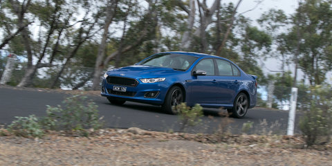 Ford Falcon XR8 v Holden Commodore SS : Comparison review