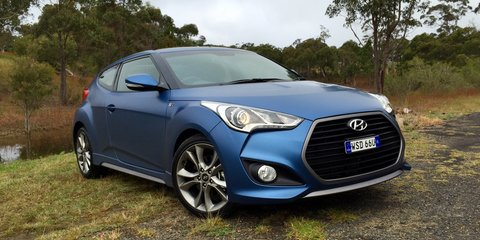 2015 Hyundai Veloster SR Turbo Review