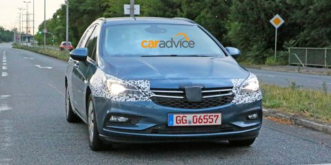 2016 Opel Astra Sports Tourer wagon spied
