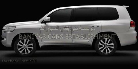 2016 Toyota LandCruiser revealed further in new spy photos