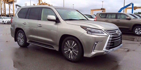 2016 Lexus LX570 spied free of camouflage