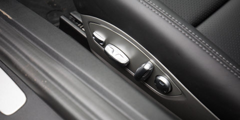 2015 Nissan GT-R Premium v Porsche 911 Turbo : Comparison Review