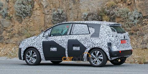 2016 Opel Meriva spy photos