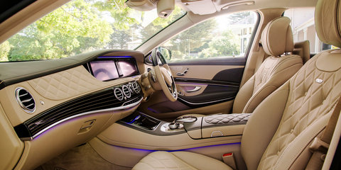 Mercedes-Maybach S600 debuts at 2015 Motorclassica exhibition
