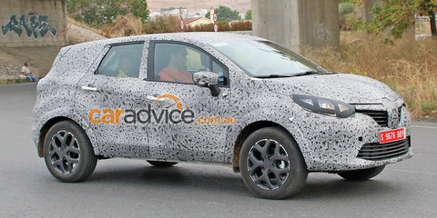 Renault 'Grand Captur' SUV spied testing