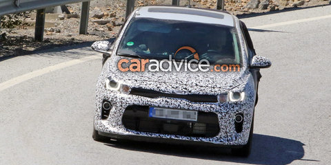 2017 Kia Rio drops camouflage in new spy photos - UPDATED