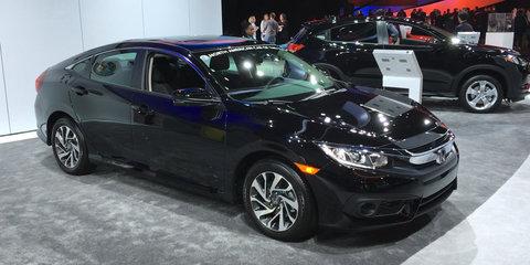 Honda Civic sedan and coupe : Detroit Auto Show 2016