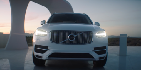Volvo launches XC90 T8 in the US with a 'Highway Robbery' - video