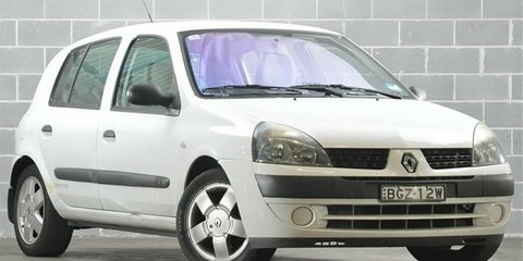 2003 Renault Clio Expression Verve Review