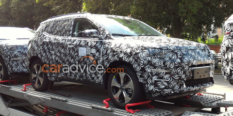 2017 Jeep Compass and Patriot replacement spied inside and out