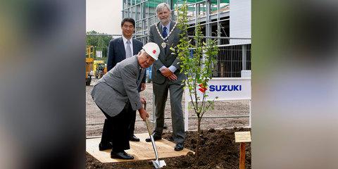 Suzuki CEO steps down due to fuel economy scandal