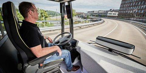 Mercedes-Benz Future Bus debuts semi-autonomous City Pilot system