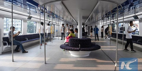 """China's giant """"transit elevated bus"""" just went real"""