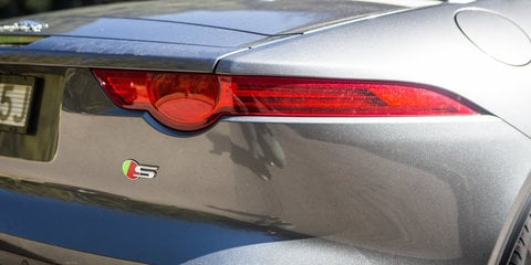 2016-porsche-boxter-s-v-jaguar-f-type-v6-s-tail-light