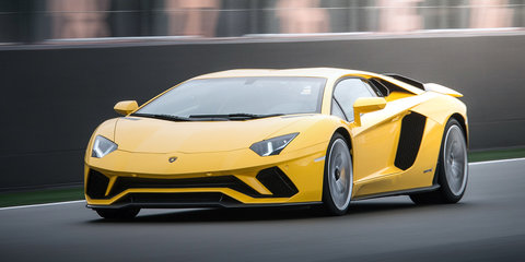2017 Lamborghini Aventador S review