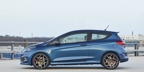 2017 Ford Fiesta ST revealed with new three-cylinder turbo engine