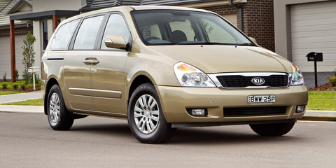 2013 Kia Grand Carnival S review Review
