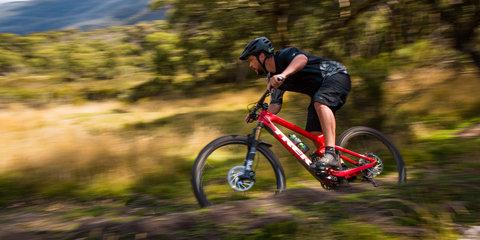 2017 Subaru Outback 2.5i Premium mountain bike adventure