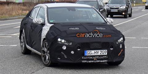 Hyundai i30 'Fastback' spied - UPDATE