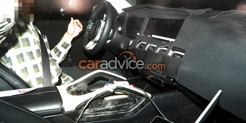 2018 Mercedes-Benz GLE spied inside and out